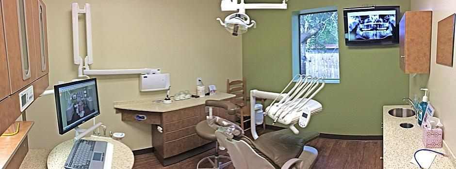 One of Dr. McCrea's state-of-the-art treatment rooms